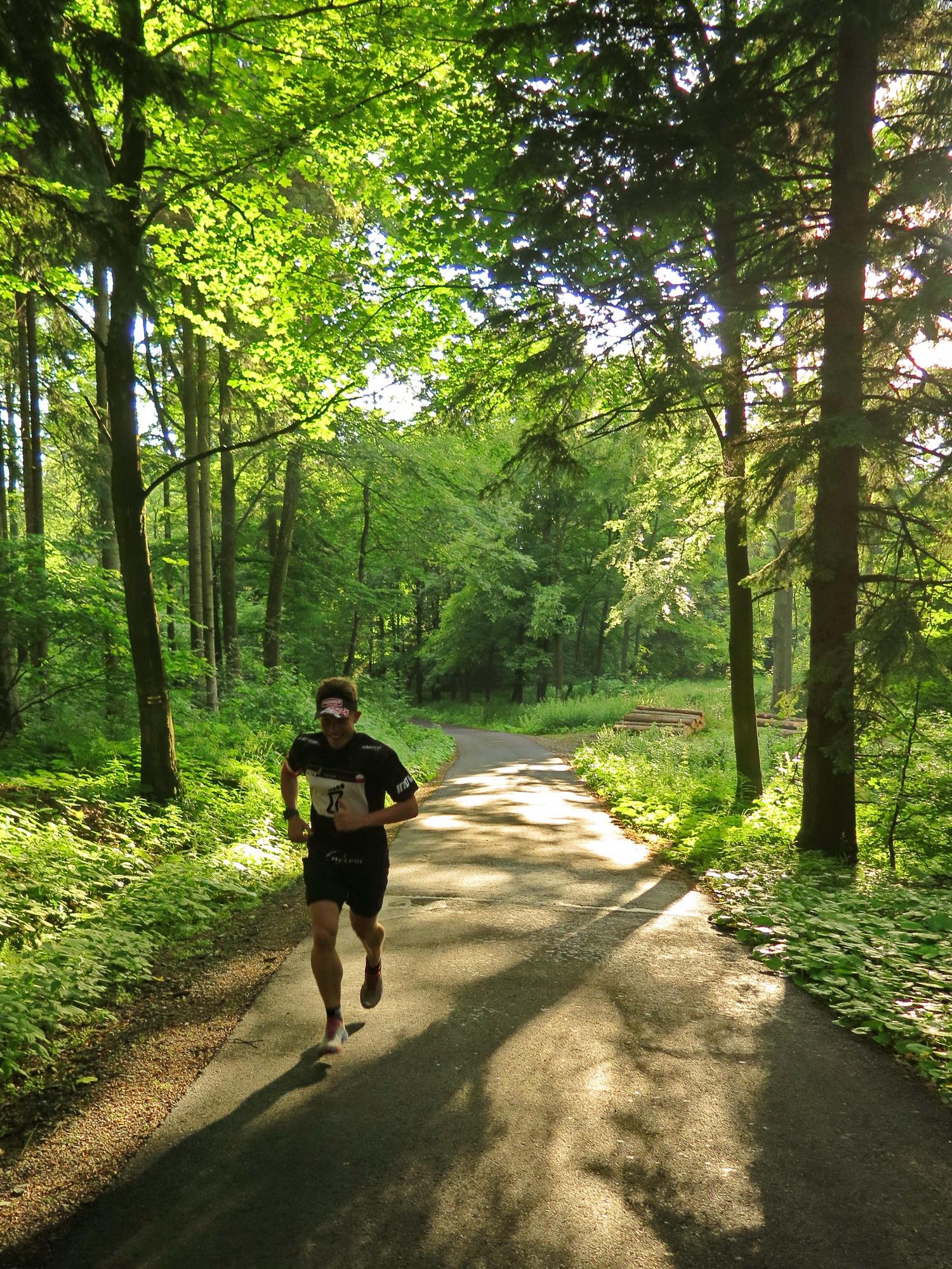 Kamil biegnie na SKalnik