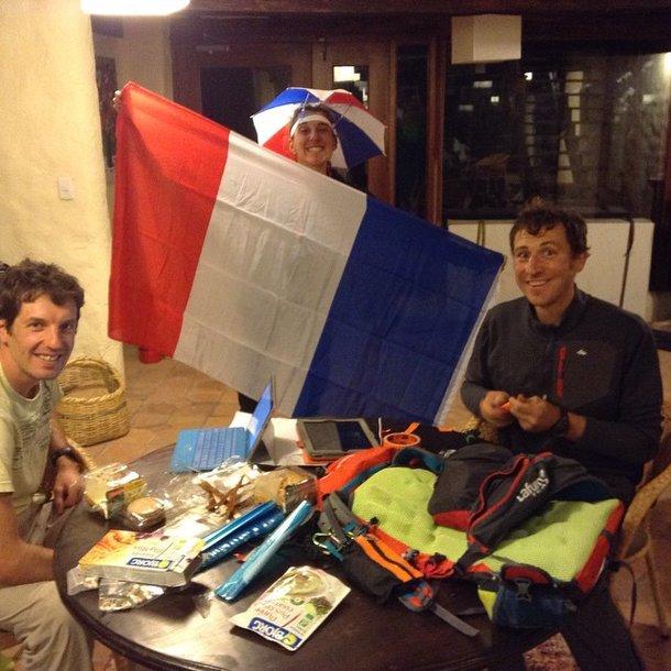 Mimi z flagą, Sylvain i Faillard w Ekwadorze. To dla małżeństwa Boisset bodaj pierwsze mistrzostwa świata w stricte francuskiej ekipie. Foto Instagram Jacky Boisset