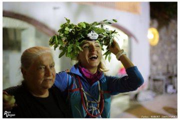 Viola Domaradzka w wieńcu laurowym. Heroes Ultra Crete 2016. Fot. Robert Zakrzewski