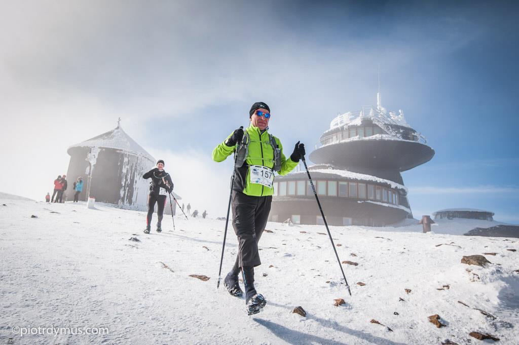 Pogoda na ZUK bywa bardzo różna. Śnieżka w słoneczny dzień. Fot. Piotr Dymus